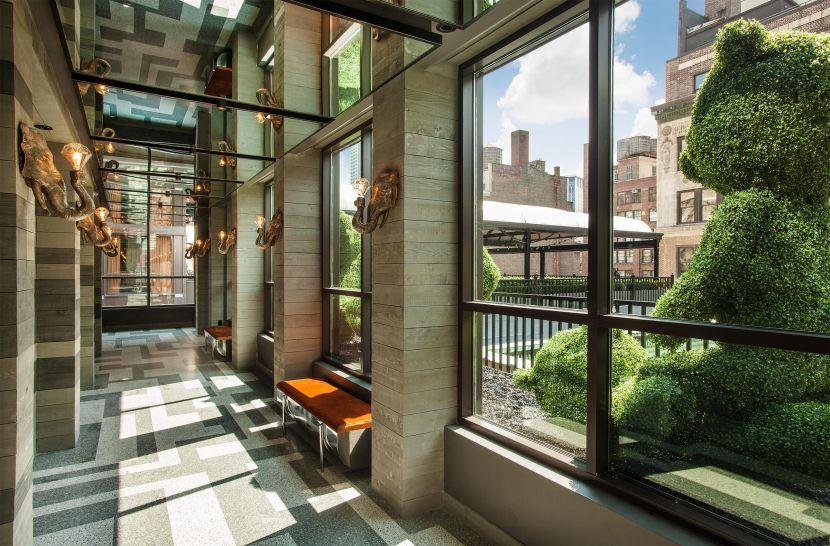 Magic Hour Rooftop Bar & Lounge - Entry Corridor