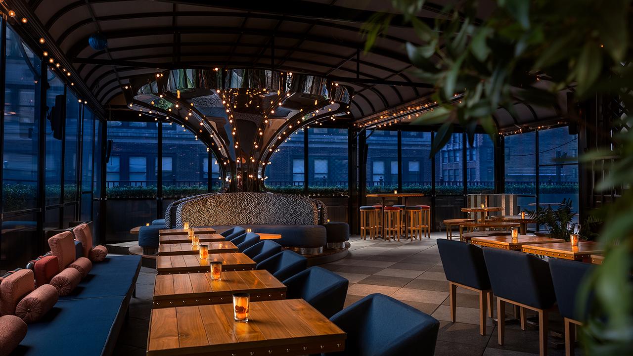 Magic Hour Rooftop Bar & Lounge - Rotating Carousel
