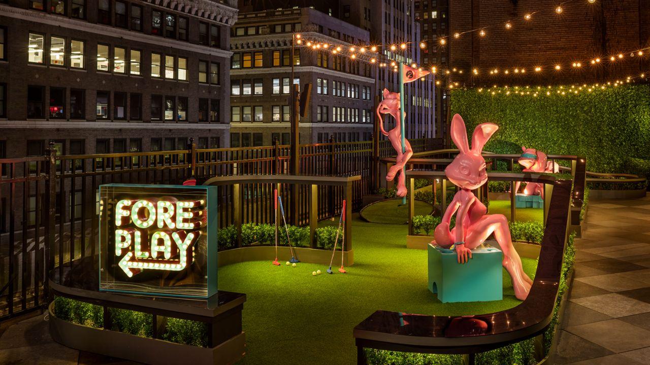 Magic Hour Rooftop Bar & Lounge - Foreplay Mini Golf