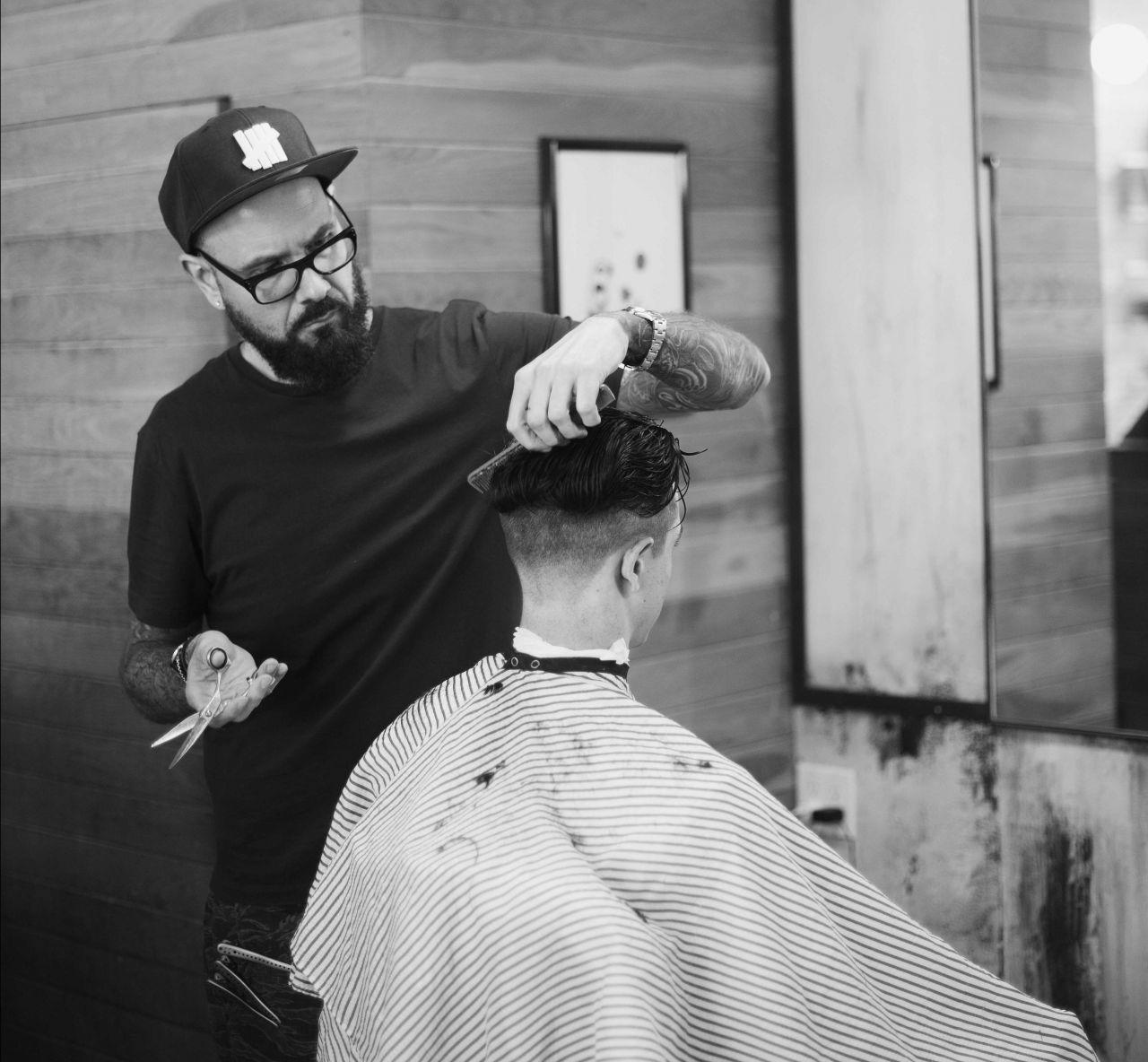 Blind Barber Profile - Jeremy Pelser